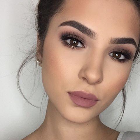 3b76c3f9467a61df8d0efdc86663bf4b--mauve-makeup-neutral-makeup.jpg